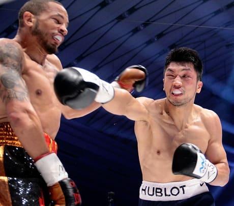 ボクシングのダッキングとウィービング