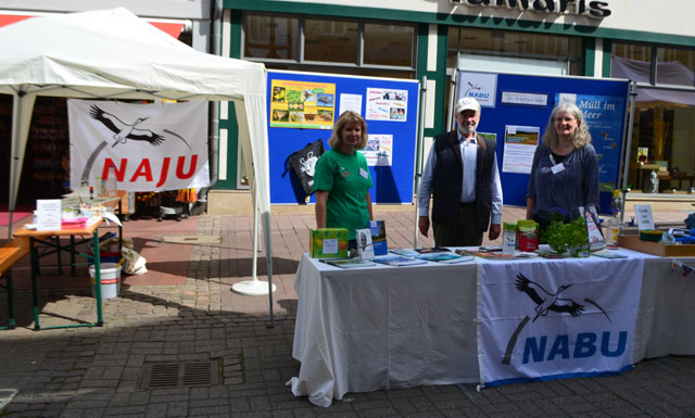 Andrea Onkes, Franz Lambert und Margit Bichelmeier vom NABU KG Wolfenbüttel.