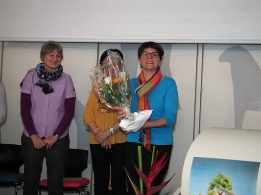 Marlis durfte für 20 Jahre Mitarbeit in der Vorbereitungsgruppe einen Blumenstrauss entgegen nehmen.