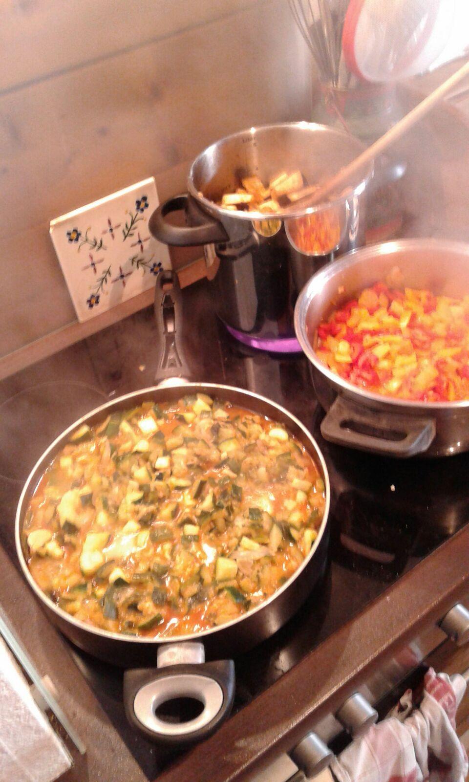 Natürlich alles selbst zubereitet und frisch gekocht!