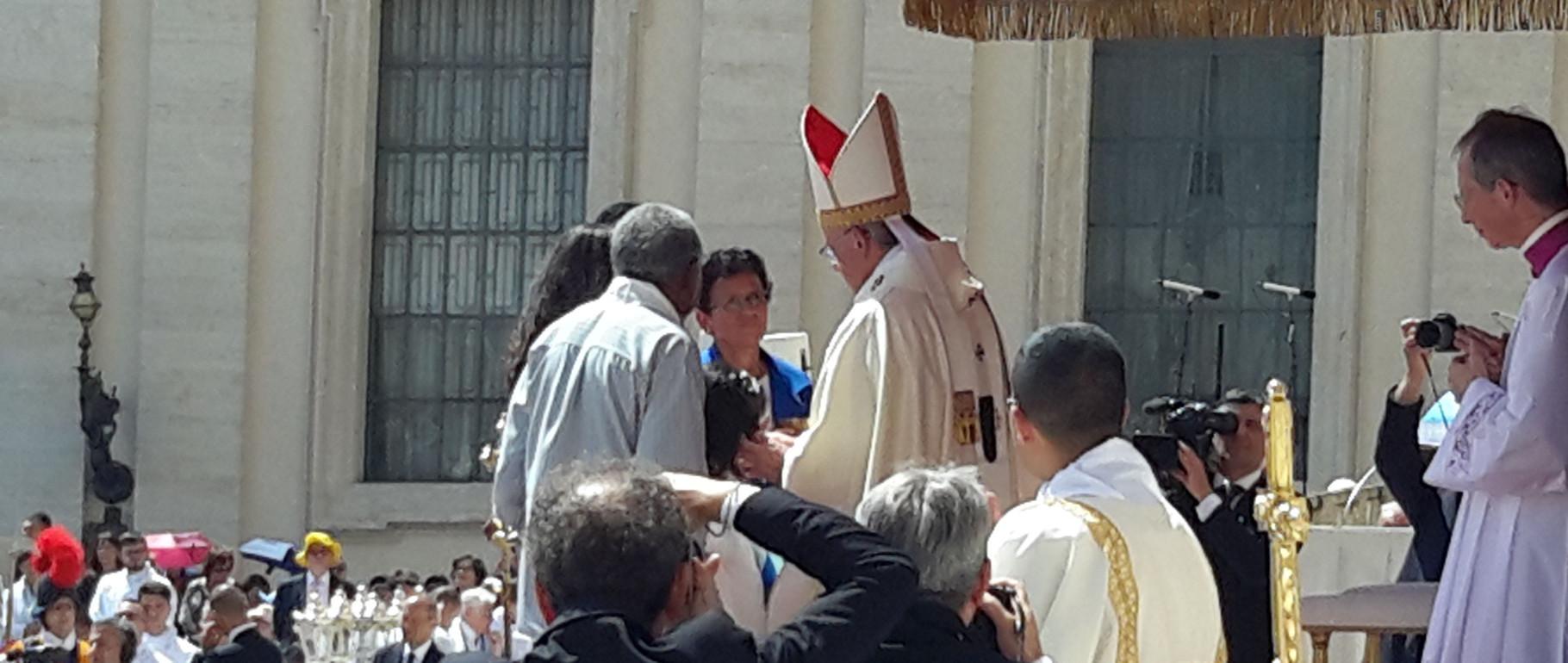Albuns: Canonização e atividades da Congregação