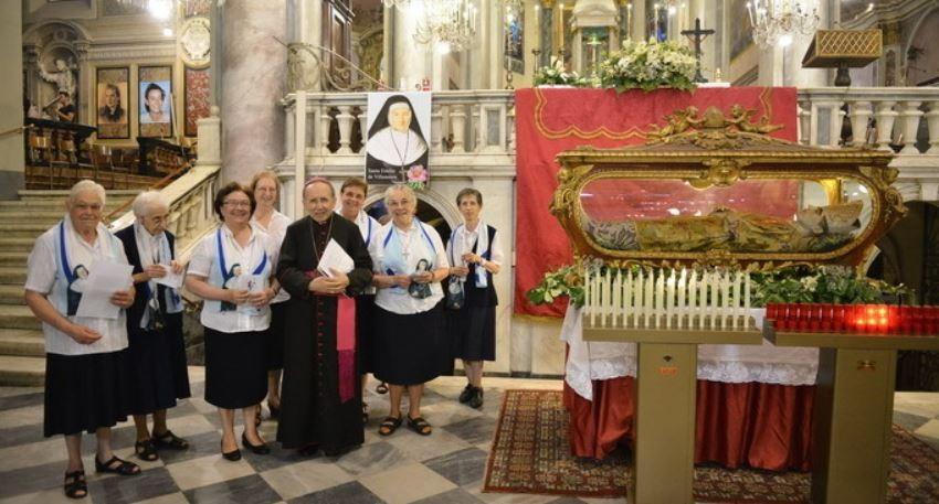 Alegria e oração em Acqui-Terme; 5 de julho de 2015