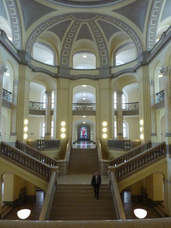 Innenarchitektur Raumbildender Ausbau Denkmalgeschutzte Bibliothek