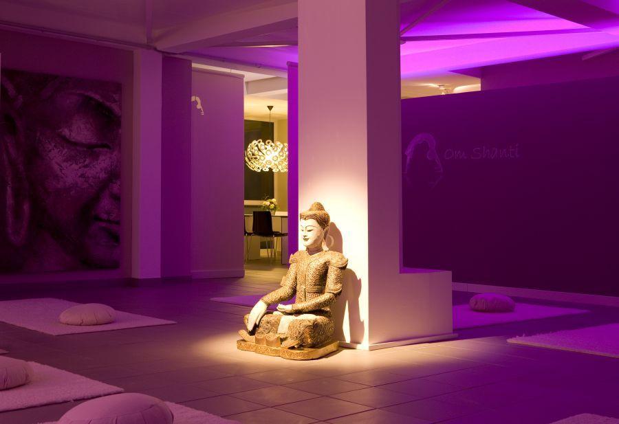 Umbau und vergr sserung des yoga studios angelika fraikin for Innenarchitektur yoga