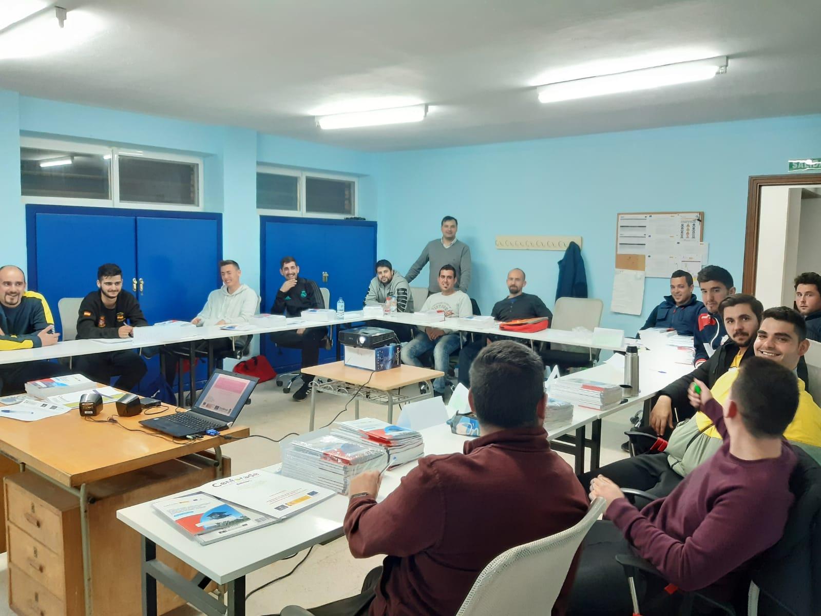 Operaciones de Vigilancia y Extinción de Incendios Forestales y Apoyo a Contingencias en el Medio Natural y Rural CASTELLAR DE SANTIAGO