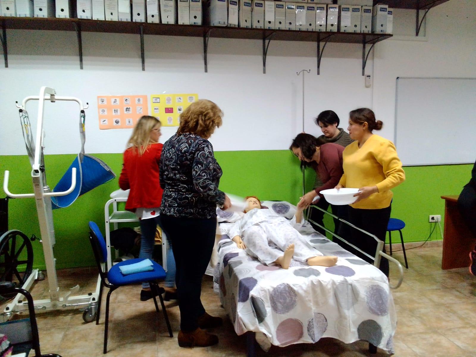 Atención Sociosanitaria a Personas Dependientes en Instituciones Sociales VVA DE LOS INFANTES