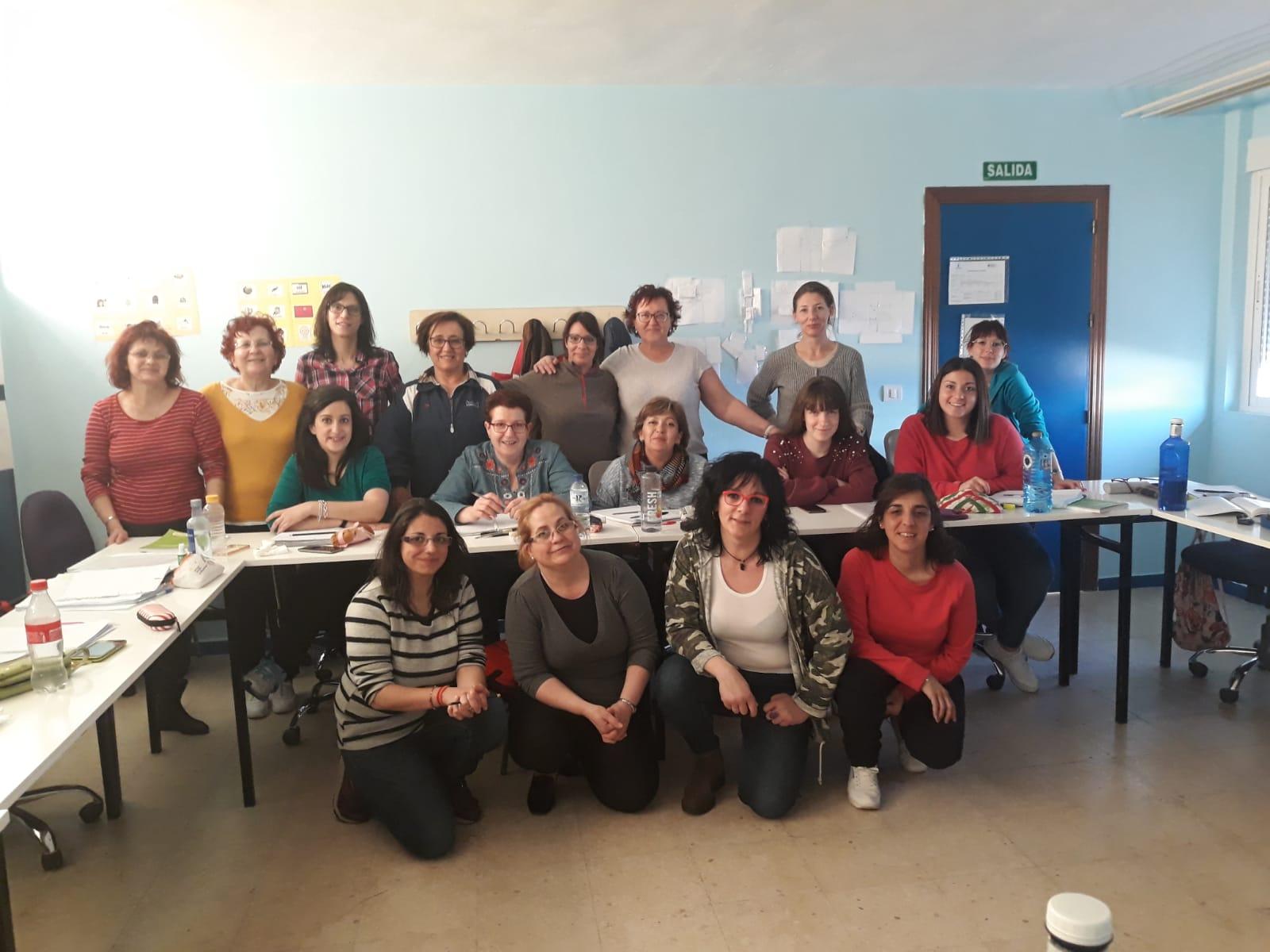 Atención Sociosanitaria a Personas Dependientes en Instituciones Sociales CASTELLAR DE SANTIAGO