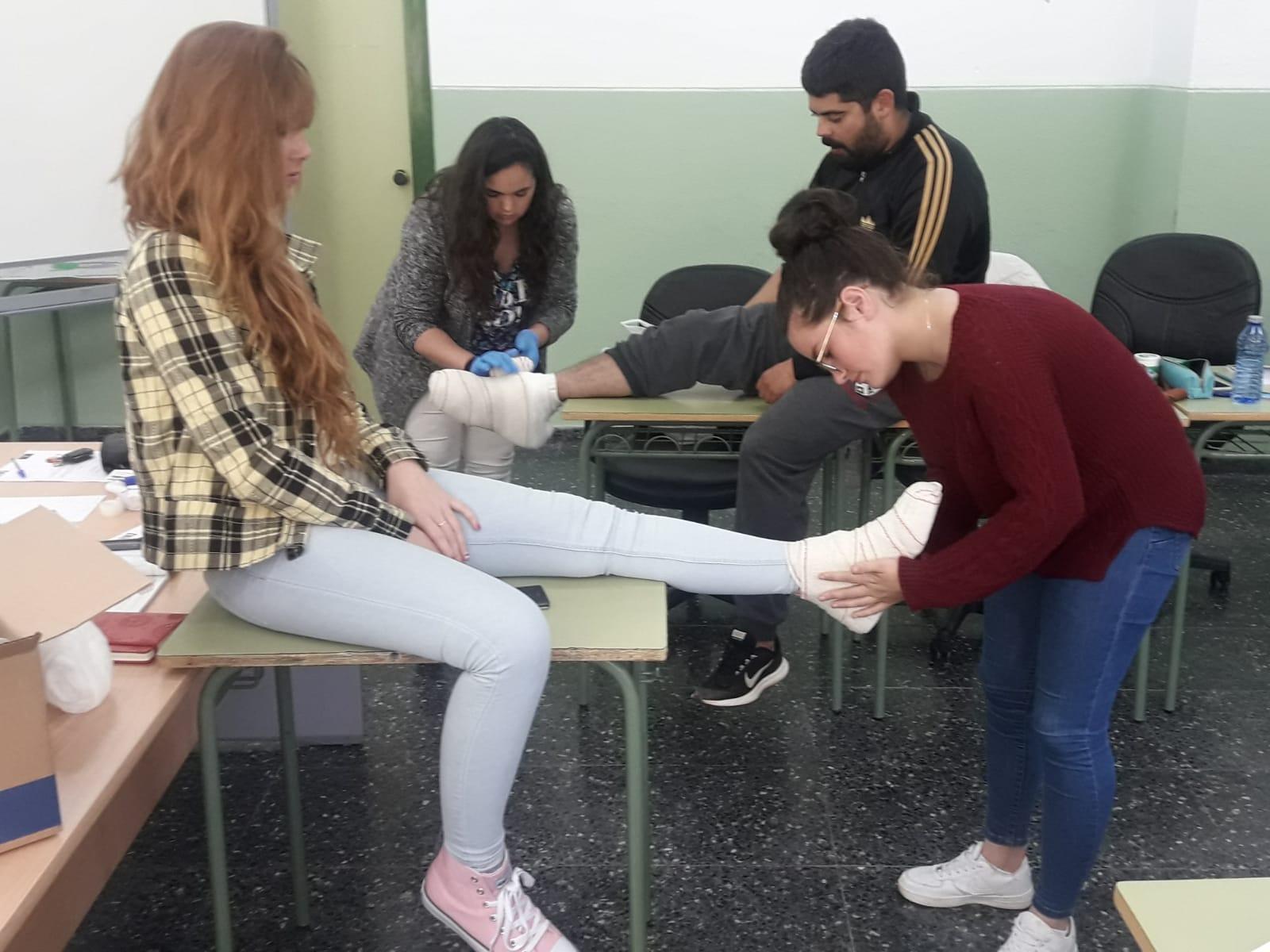 Atención Sociosanitaria a Personas Dependientes en Instituciones Sociales Plus ALCARAZ