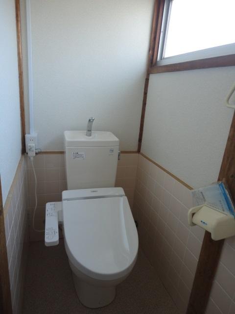トイレ クリーニング済、清潔です。