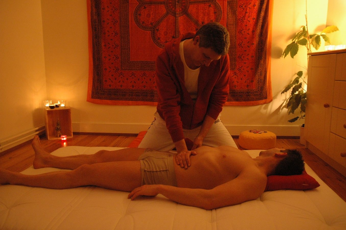 Massage Chi Nei Tsang