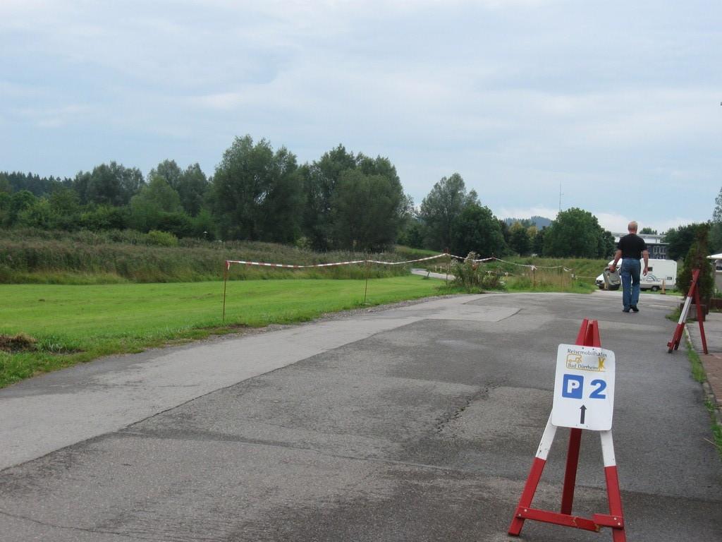 Route menant aux autres parcs de stationnement