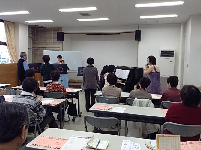高槻市立南大冠公民館稲穂塾コンサート。指揮者コーナーで3人の指揮者が登場です。