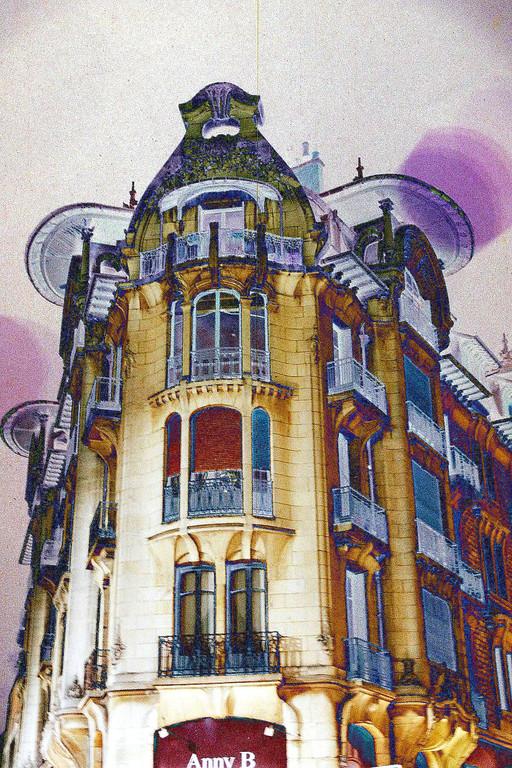 Dijon Vu Par: Immeuble Art Nouveau création Hervé Arnoul: Reportage photographique