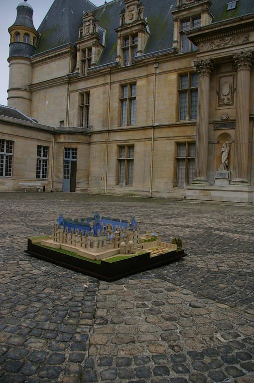 Musée National de la Renaissance, reconstitution du château d'Ecouen au XVème s, 1/100e. Réalisation Hervé Arnoul