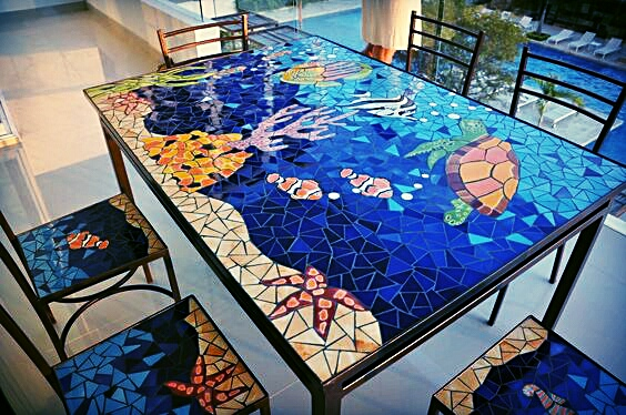 Fondo de mar.  Cualquier imagen que nos mande la pasamos a su mesa de jardin en la piscina