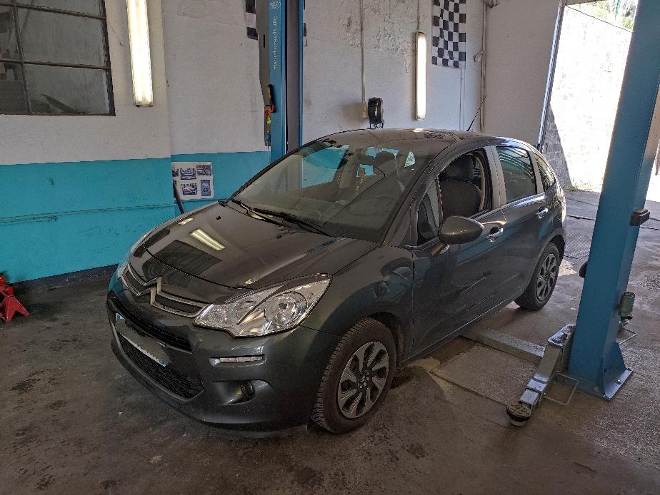 Remplacement radiateur à huile sur Citroën C3