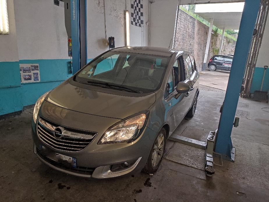 Remplacement du kit chaîne sur Opel Meriva 1.6 cdti