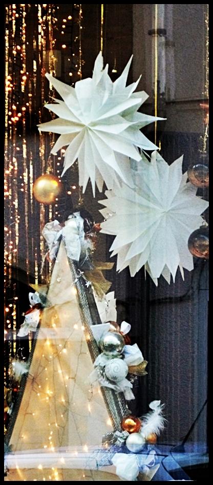 Schaufenster herbst und weihnachten creative deko des webseite - Schaufensterdekoration weihnachten ...