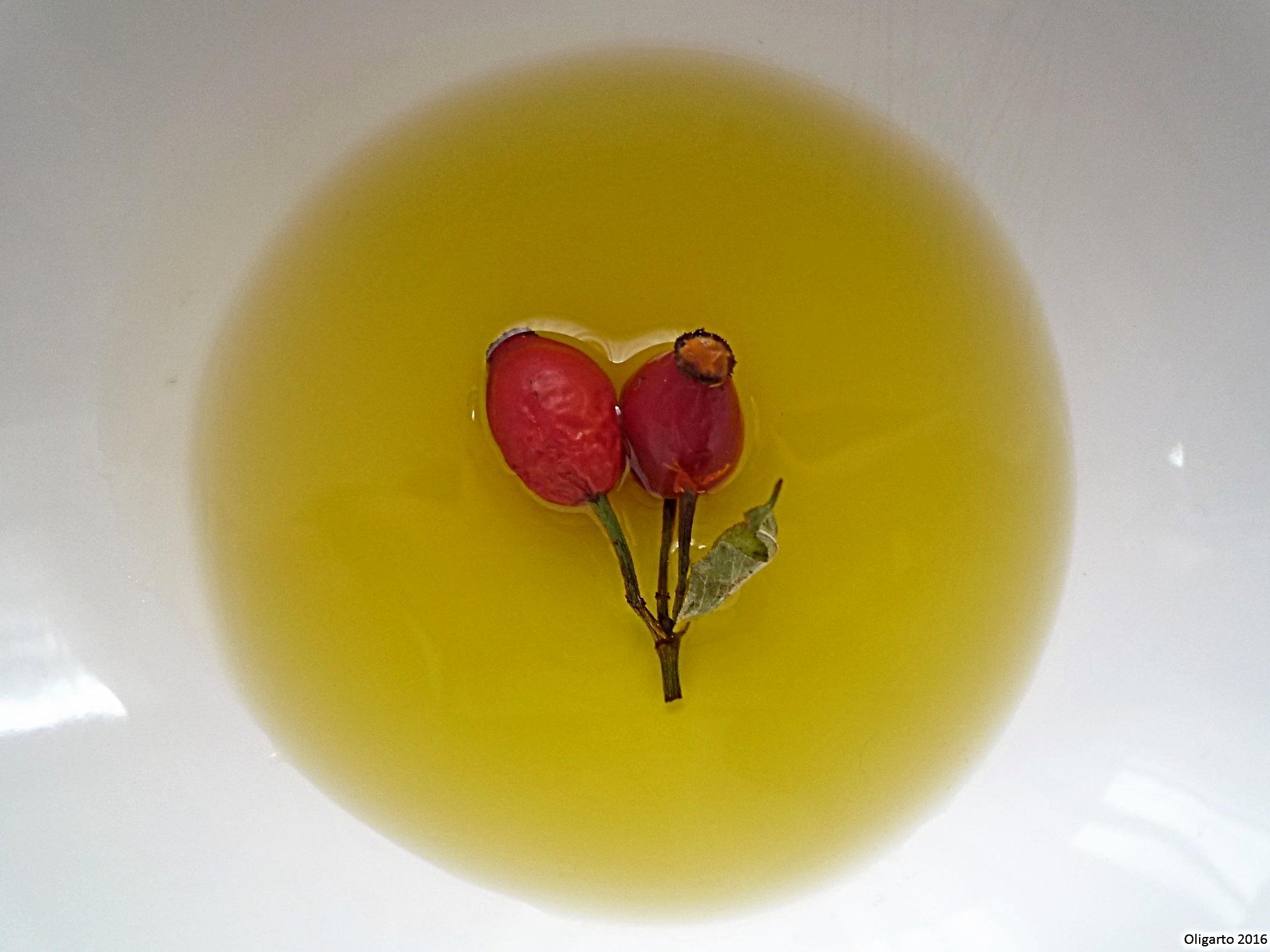 Olivenöl Hagebutten Haut Booster