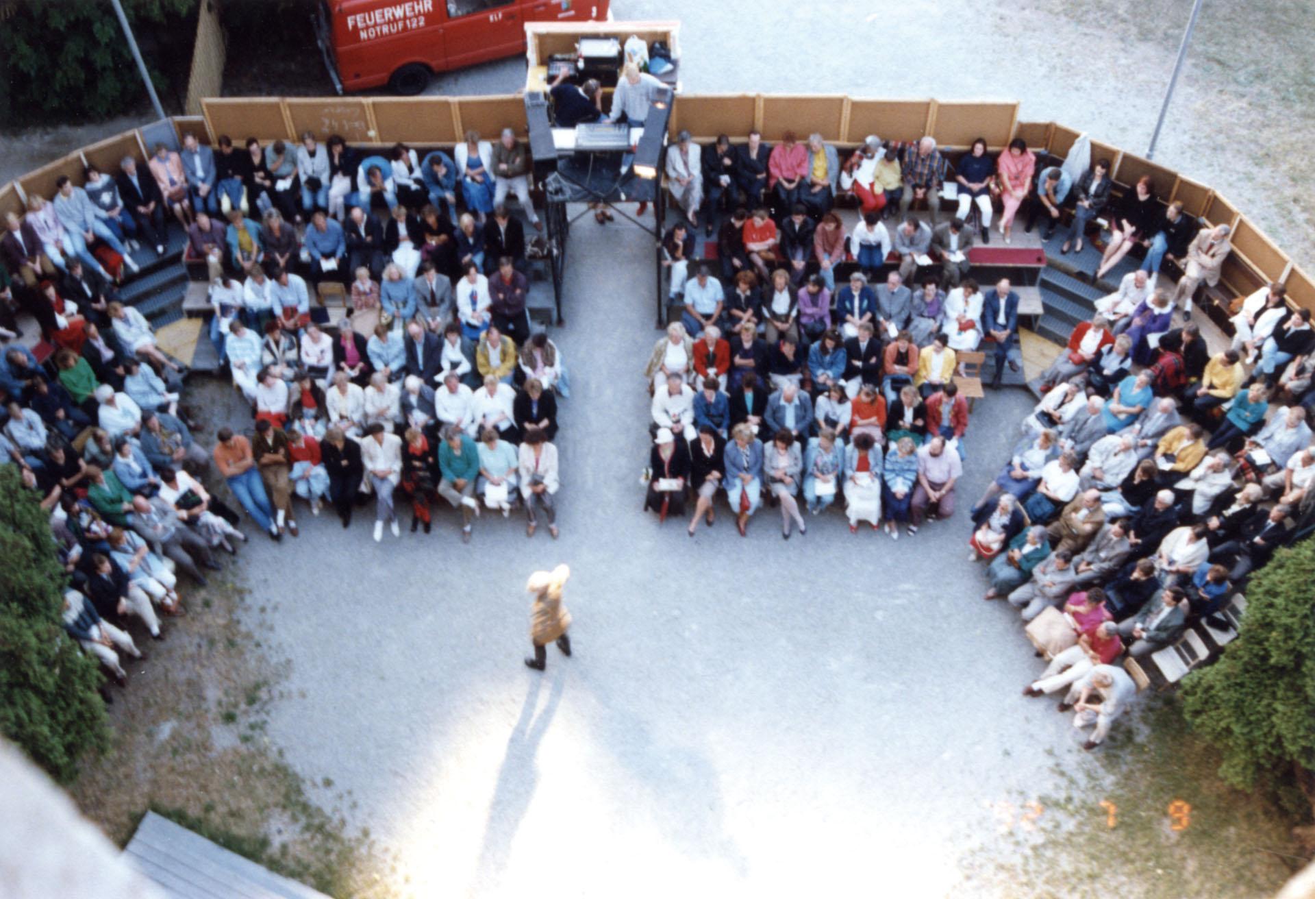 Zuschauertribüne bei JEDERMANN 1992