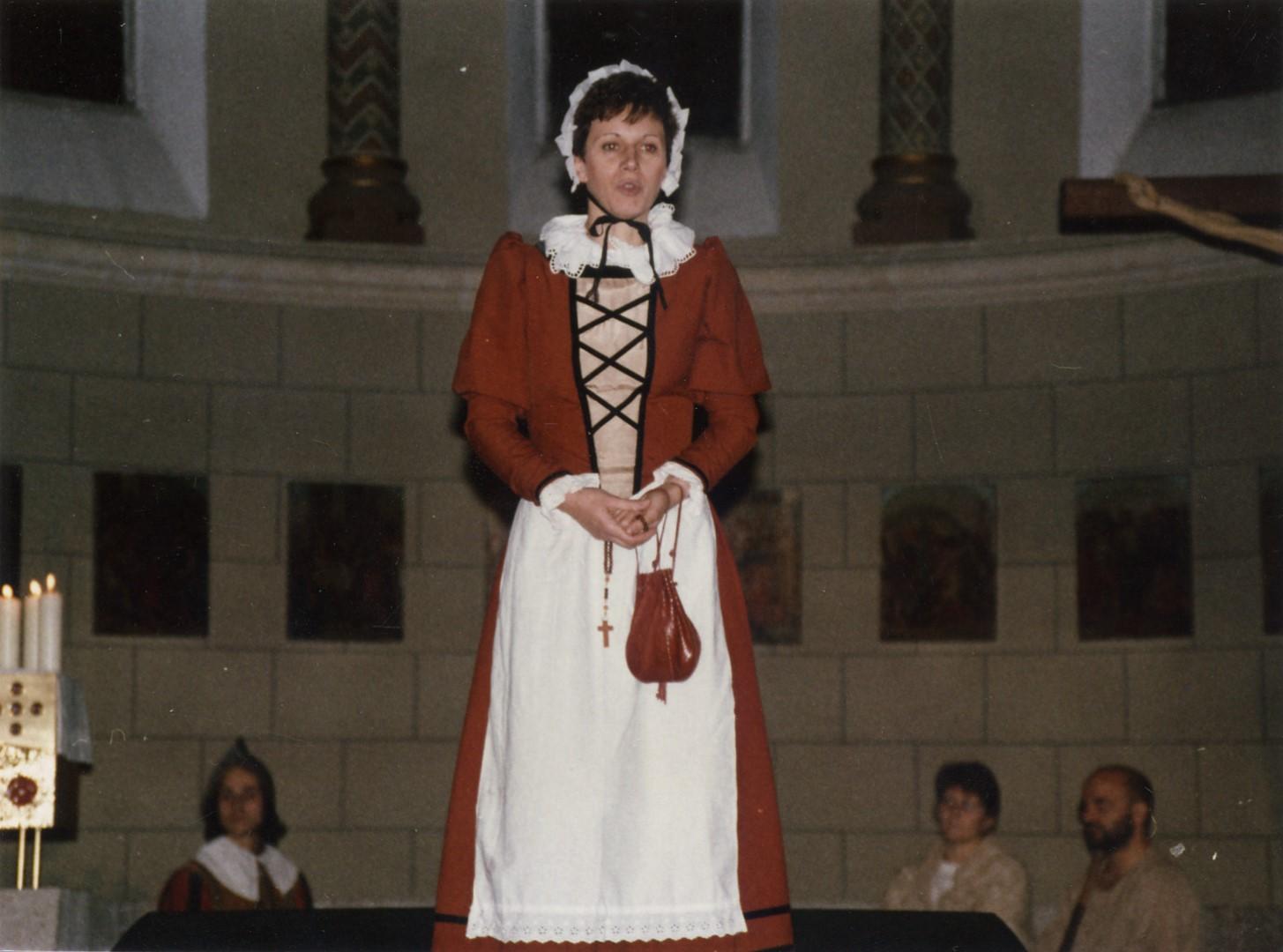 "1990: ""Frau Krämerin"" in ""Totentanz"""