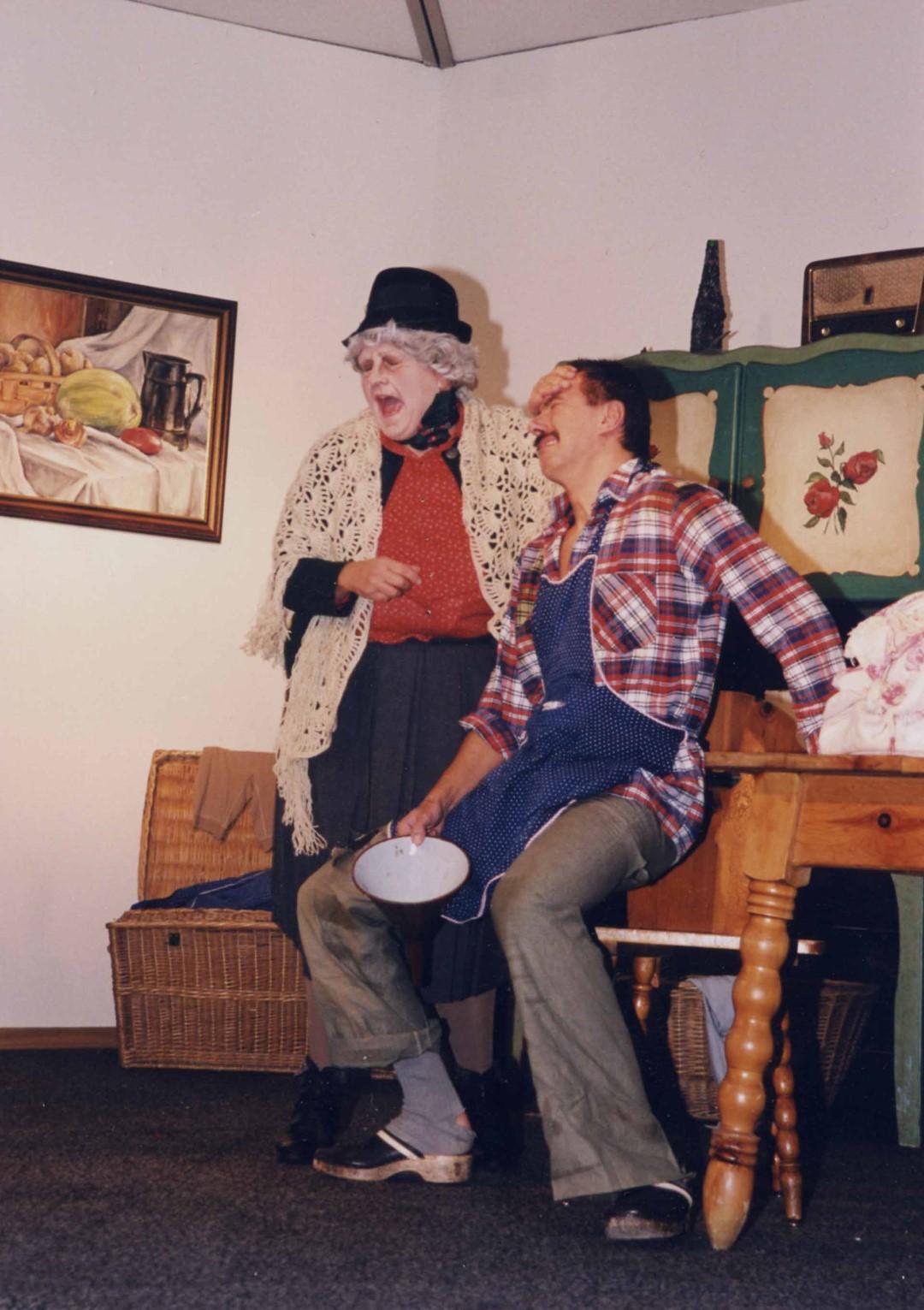 """2000: """"Lauri"""" in """"Die zwei Halbschönen"""""""