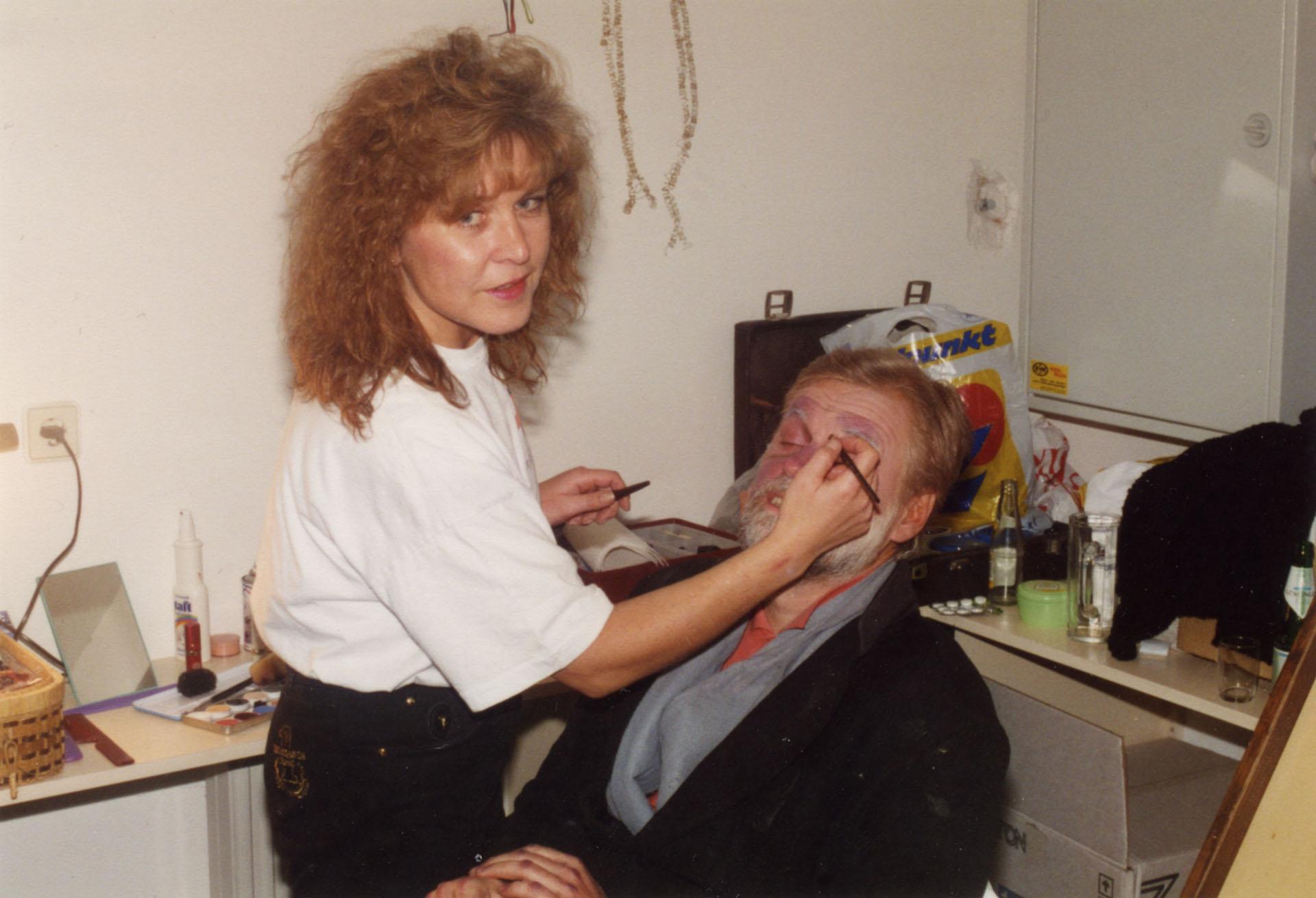 Maske: Jeanny Siegl, Franz Müller bei DIE GEPUTZTEN SCHUHE 1995