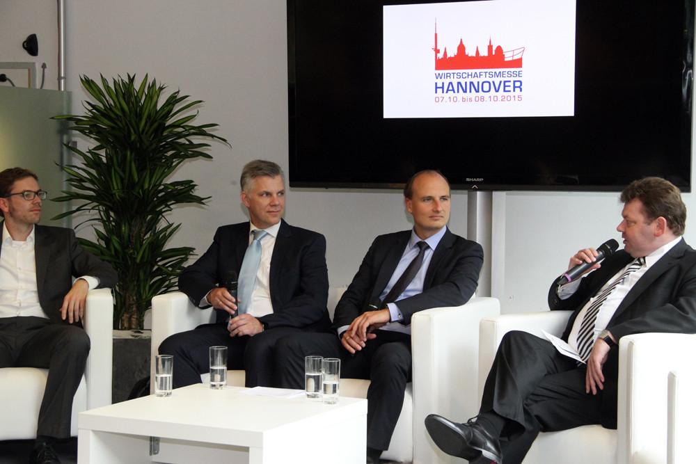Dr. Christian Brömer, Torsten Bethke, Dr.-Ing. Georg Ullmann und Andreas Bosk (v.l.)