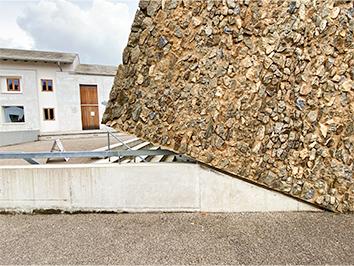 Konzerthaus Blaibach Materialität und Fassade, Hintergrund Bürgerhaus