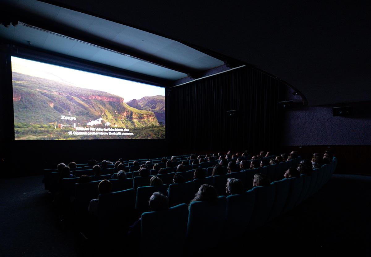 Das Kino ist gut gefüllt