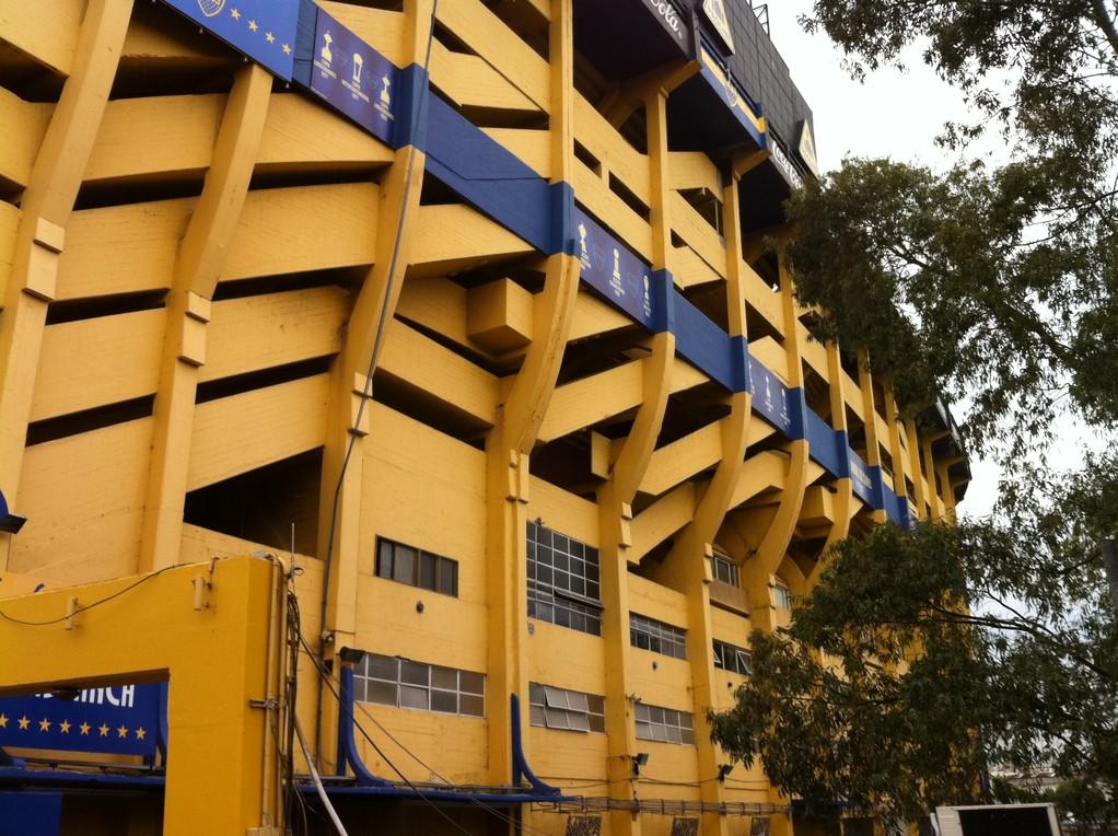 """Das Fussball Stadion der """"Boca Juniors"""", wo Messi einst spielte"""