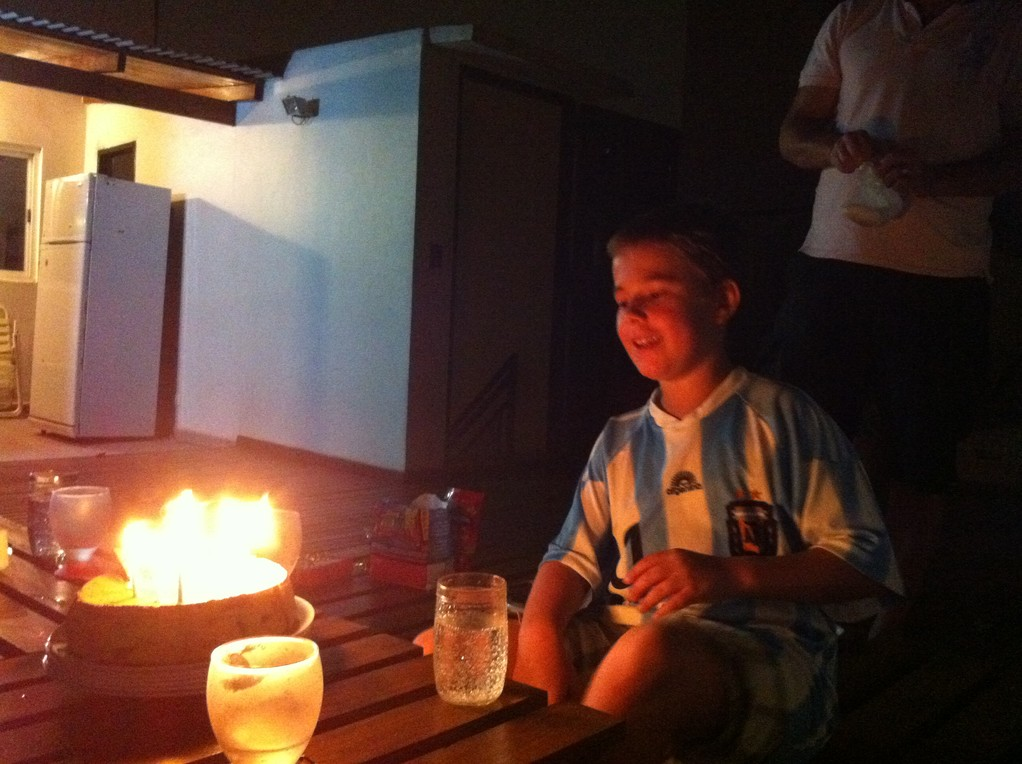 Ein wunderschoener Abend verdient einen redlichen Abschluss mit Tiramisu-Kuchen
