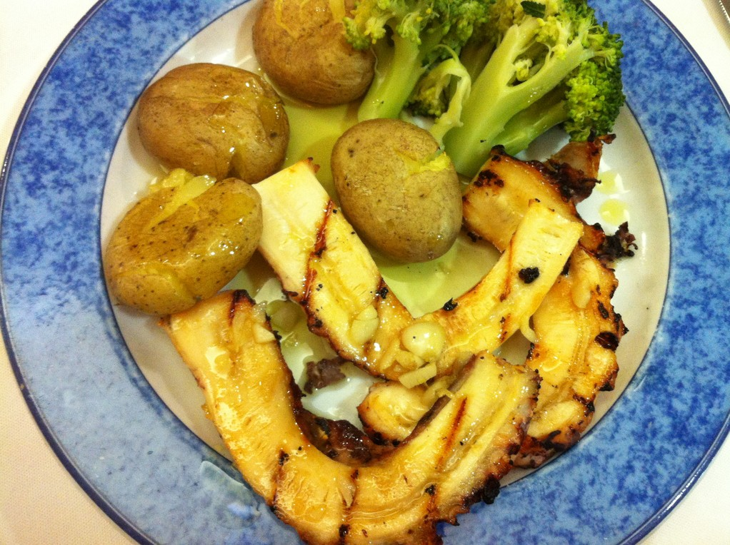 Dinner in der Marisquería, Pulpo vom Grill, mmmmmmh!
