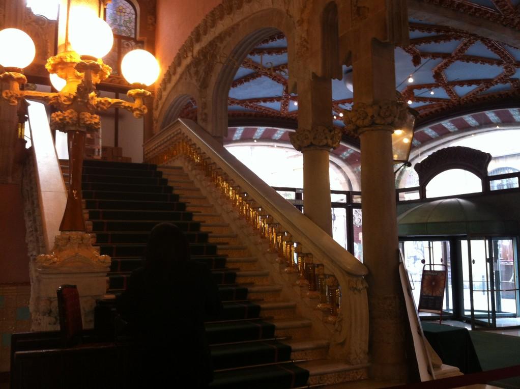 ...und der Aufgang zum Konzertsaal