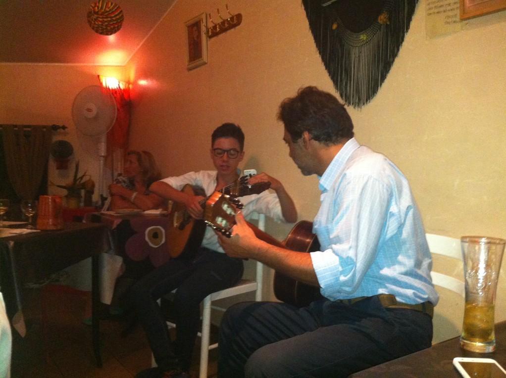 Die Fado-Musiker im Devagar Devagarinho
