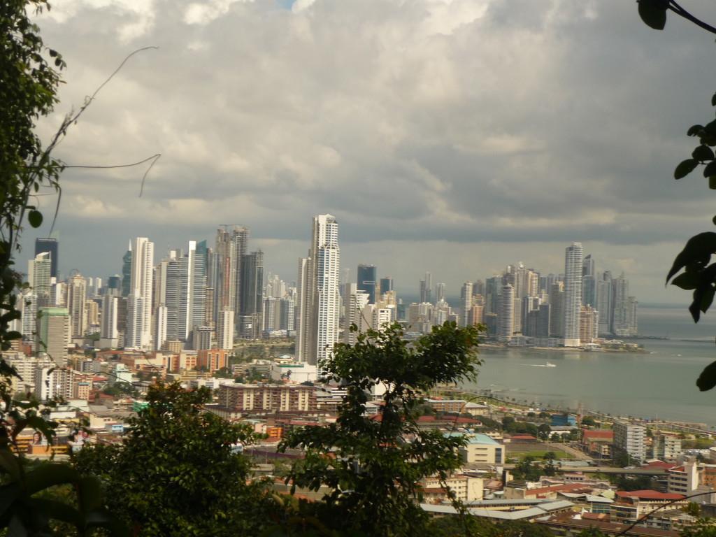 Panama City, die Stadt, die auf der Grenze von zwei Kontinenten liegt