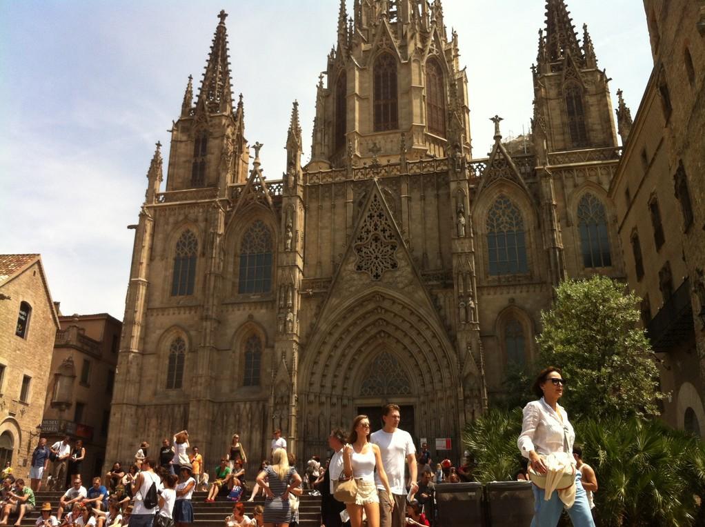 Die Kathedrale, ebenfalls ein Prachtbau, mit viel mehr Schnoerkel