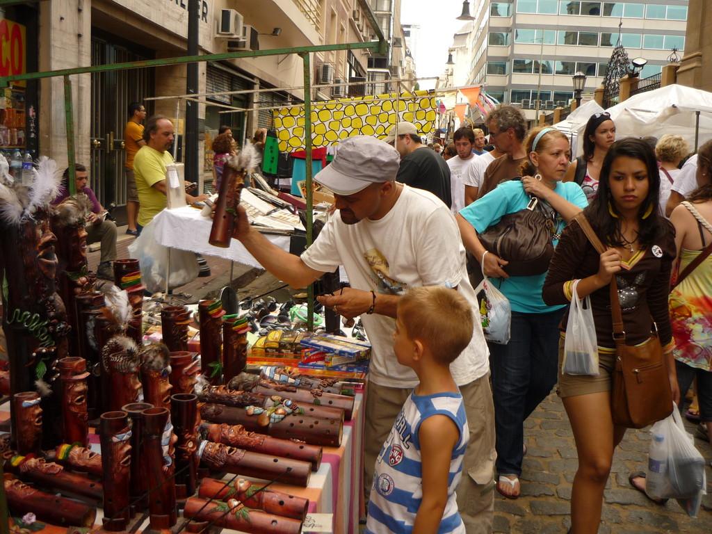 Wochenend-Kuenstler-Markt
