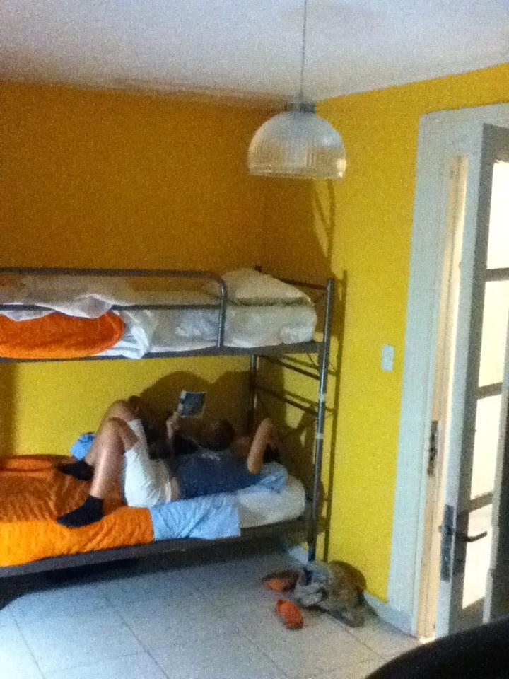 Unser gemuetliches Zimmer im Reina Madre Hostel