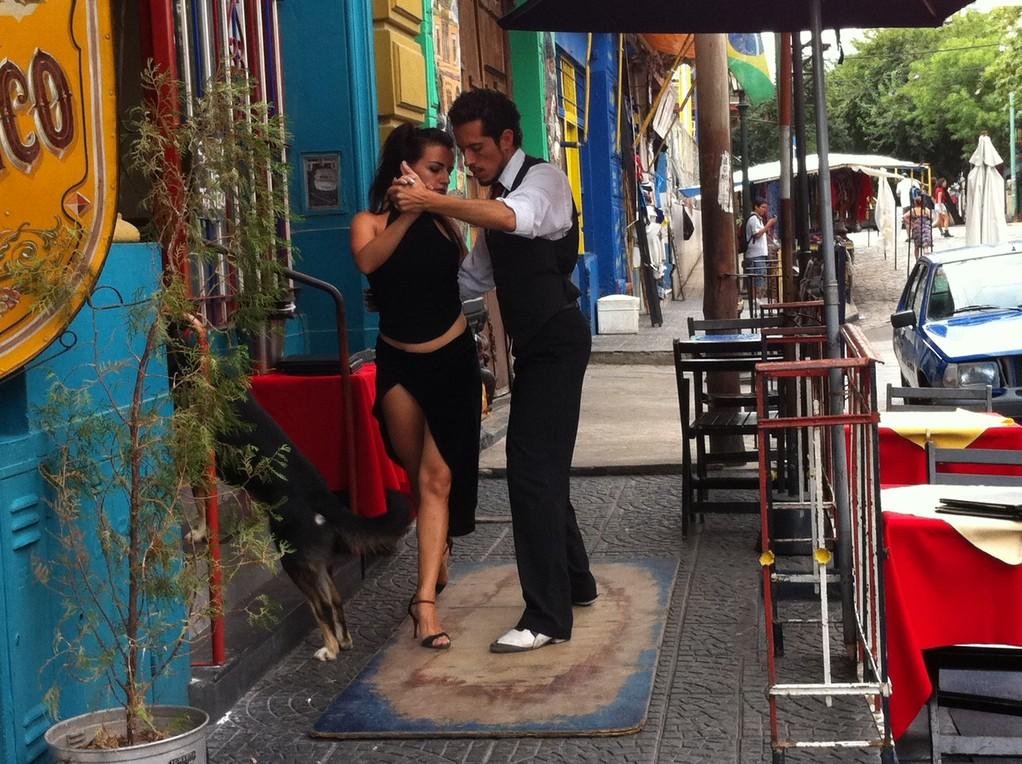 Tango auf der Strasse