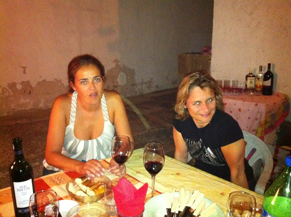 Natalia, die Gastgeberin und Claudia aus Zuerich-Affoltern