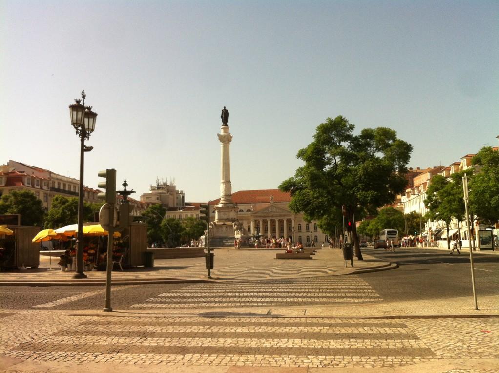 """Die """"Praça dos restauradores"""", an der sich das Hardrock Café befindet"""