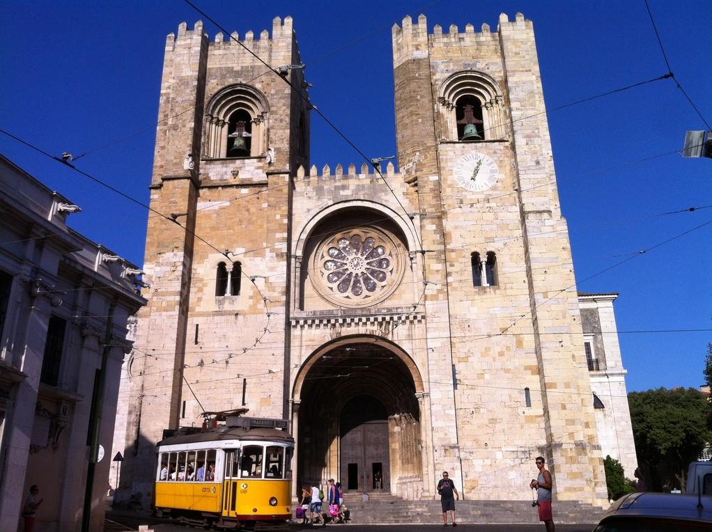 ..bei der man an der Kathedrale vorbeikommt...