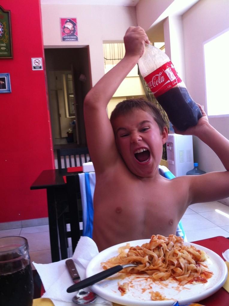 Coca-Cola zum Zmittag!