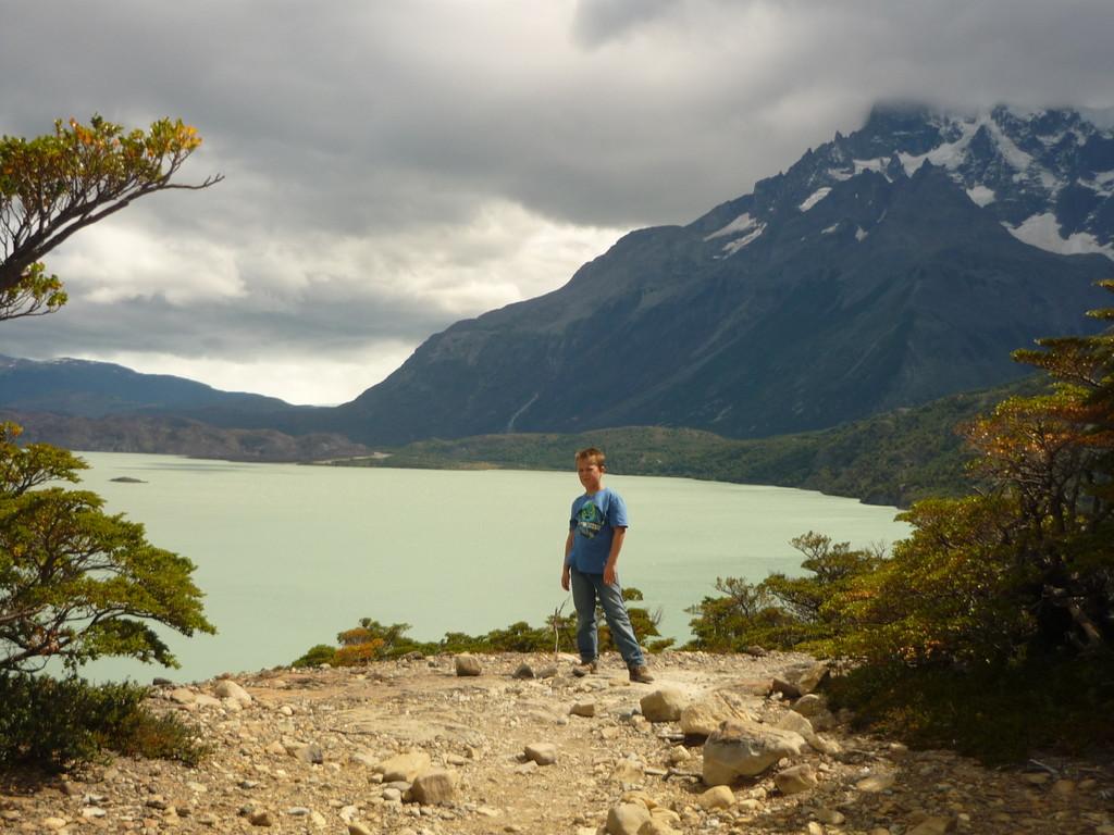 Das unglaubliche milchig-gruen des Gletschersees