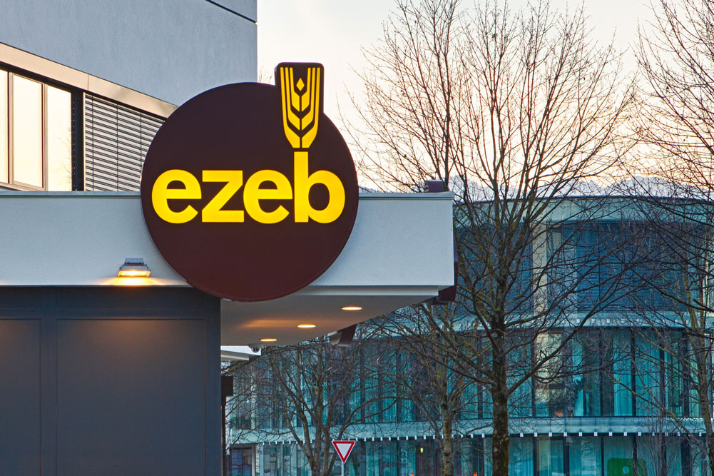 Leuchtschilder- und Beschriftungen EZEB, Tirol