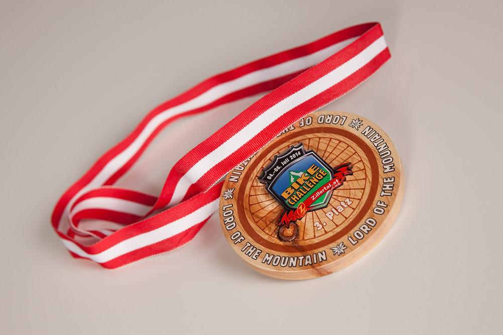 Wunderschöne Medaillen Zillertal Bike Challenge