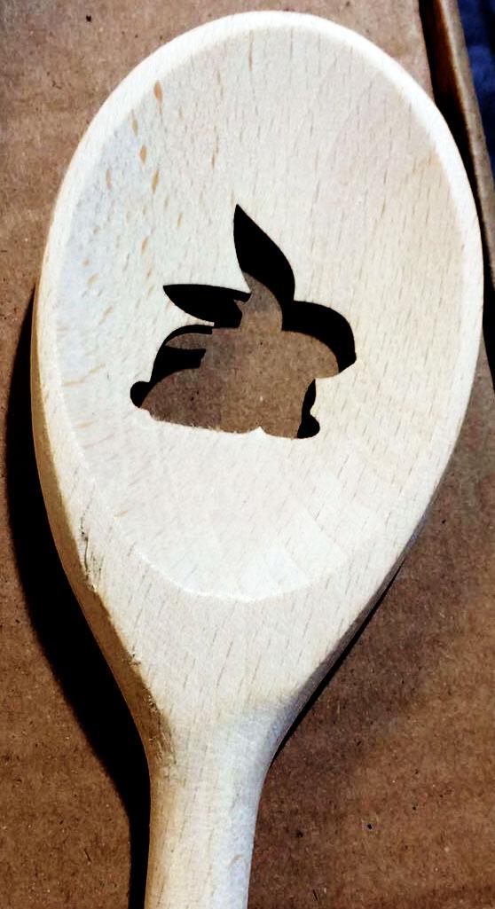 sauberer Laserschnitt durch 1,5cm Holz (Kochlöffel)