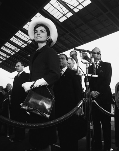 © Steve Schapiro · Jackie Kennedy at the Arrival of the Shah of Persia · 1963