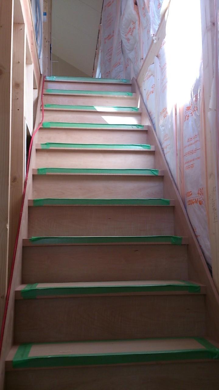 14/11/15 ついに階段ができました!